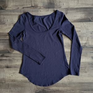 Lululemon Scoop Neck Long Sleeve Shirt